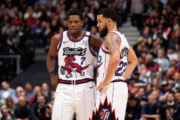 Hornets Beat Raptors 99 96