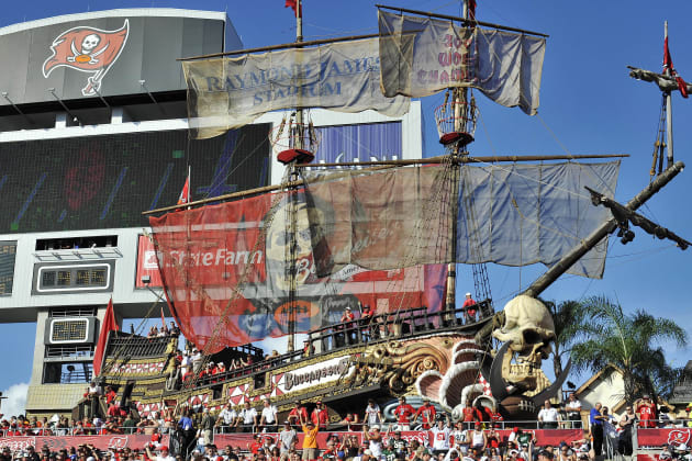 The Best Buccaneers Stadium Boat