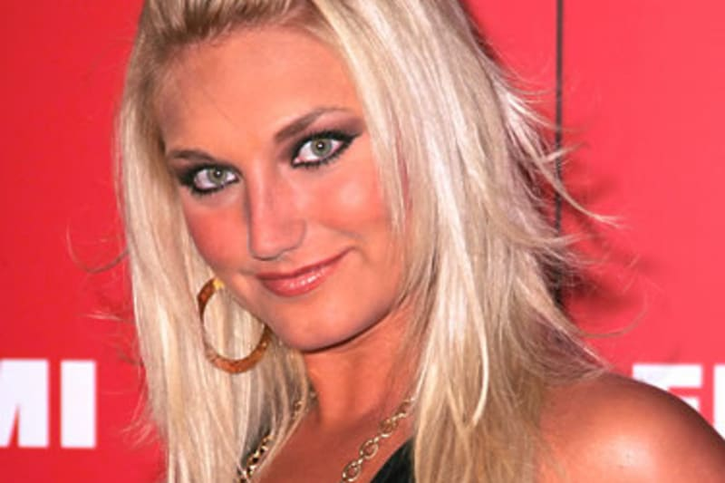 Breaking News Tna Signs Brooke Hogan As Knockout Executive Bleacher Report Latest News Videos And Highlights