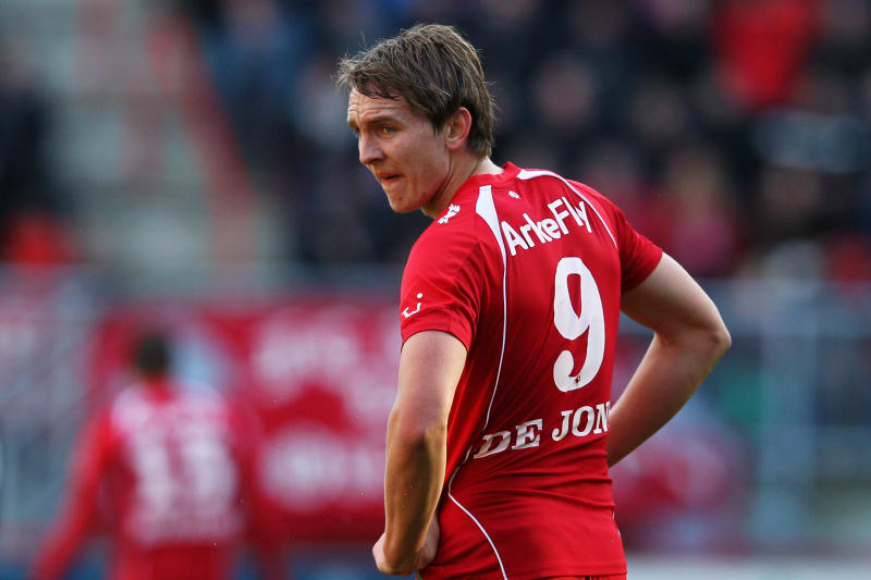 Why Fc Twente Needed To Sell Luuk De Jong To Borussia Monchengladbach Bleacher Report Latest News Videos And Highlights
