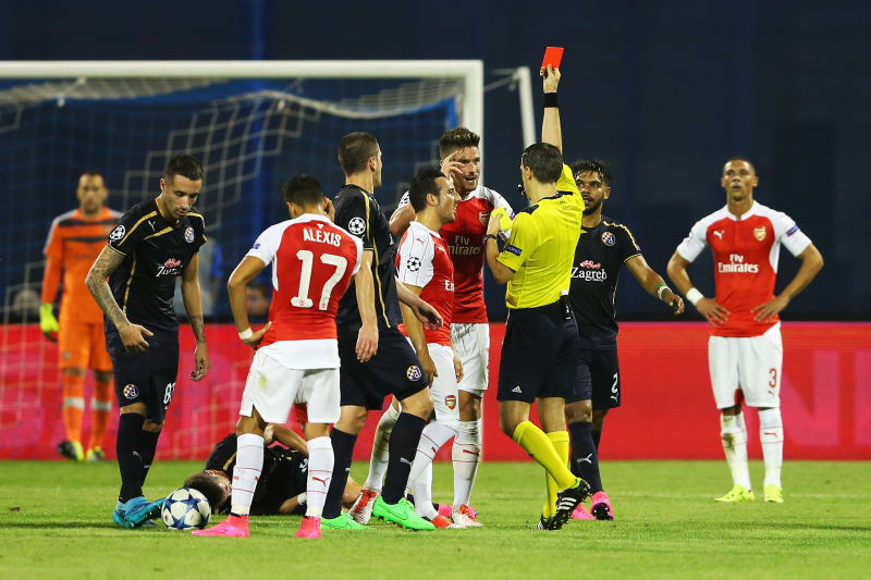 Dinamo Zagreb Vs Arsenal Score And Reaction From 2015 Champions League Bleacher Report Latest News Videos And Highlights