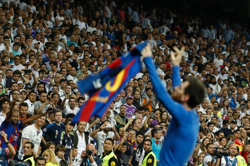 What Real Madrid Fans Really Think Of Barcelona Star Lionel Messi Bleacher Report Latest News Videos And Highlights
