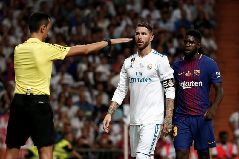 The Ref What It Is Like To Referee El Clasico Bleacher Report Latest News Videos And Highlights