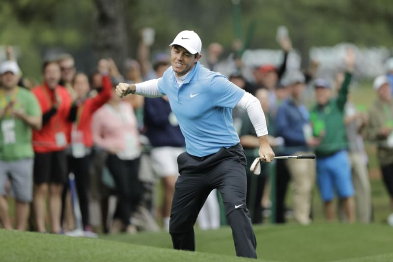 Rory Mcilroy Chips In Absurd Shot For Eagle At 8th Hole Of 2018 Masters Bleacher Report Latest News Videos And Highlights