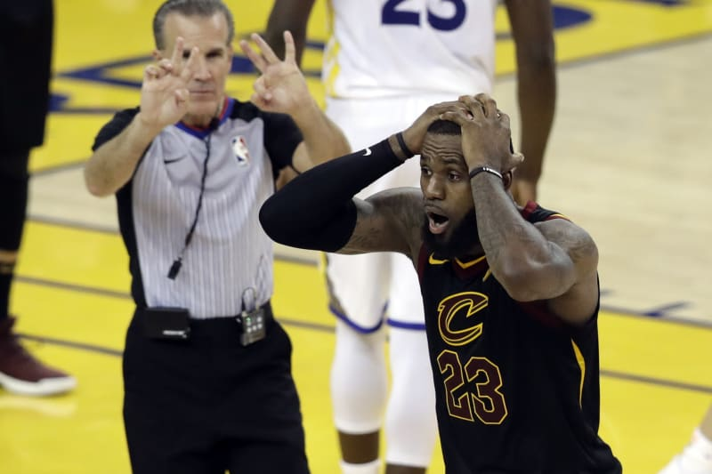 Cleveland cavaliers vs warriors betting line sports betting odds guide