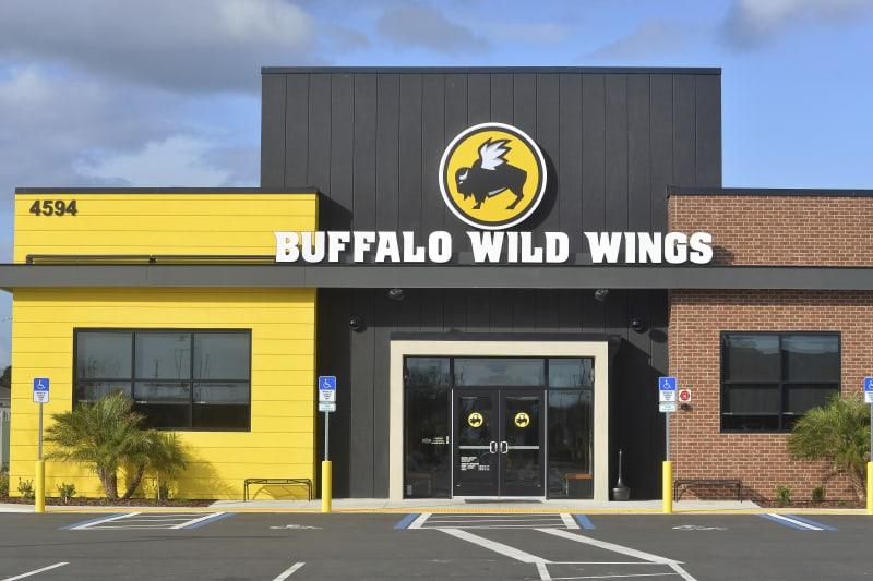 Buffalo wild wings sports betting afl betting odds round 8