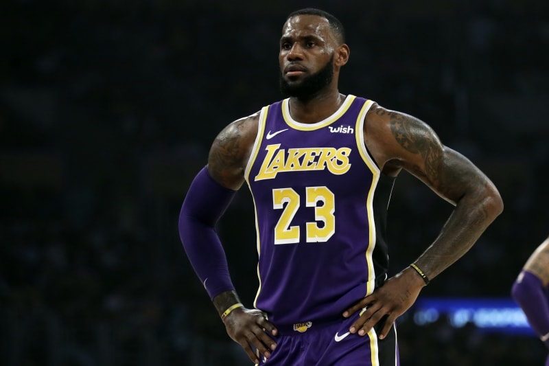 Lebron James To Play Vs Pelicans Despite Illness Bleacher Report Latest News Videos And Highlights