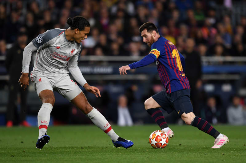 Virgil Van Dijk Says You Can T Compare Me With Lionel Messi After Fifa Awards Bleacher Report Latest News Videos And Highlights