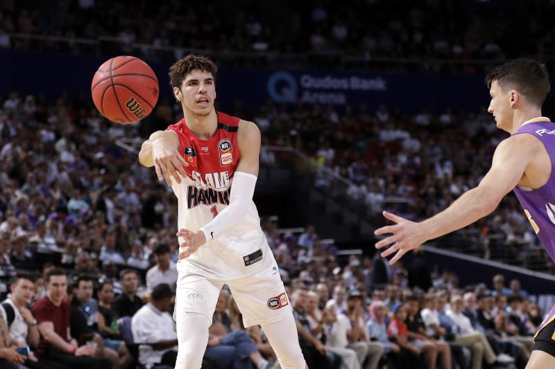 LaMelo Ball's Draft Scouting Report: Pro Comparison, Updated Hornets Roster | Bleacher Report | Latest News, Videos and Highlights