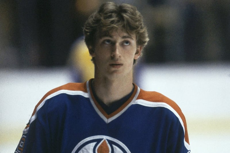 Wayne Gretzky Signed Game Worn Rookie Jersey Sells For 478 800 At Auction Bleacher Report Latest News Videos And Highlights