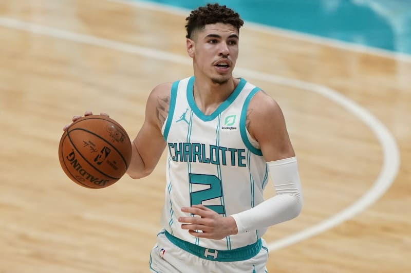 Lamelo Ball Scores 12 Points As Hornets Fall To Raptors In Preseason Tilt Bleacher Report Latest News Videos And Highlights