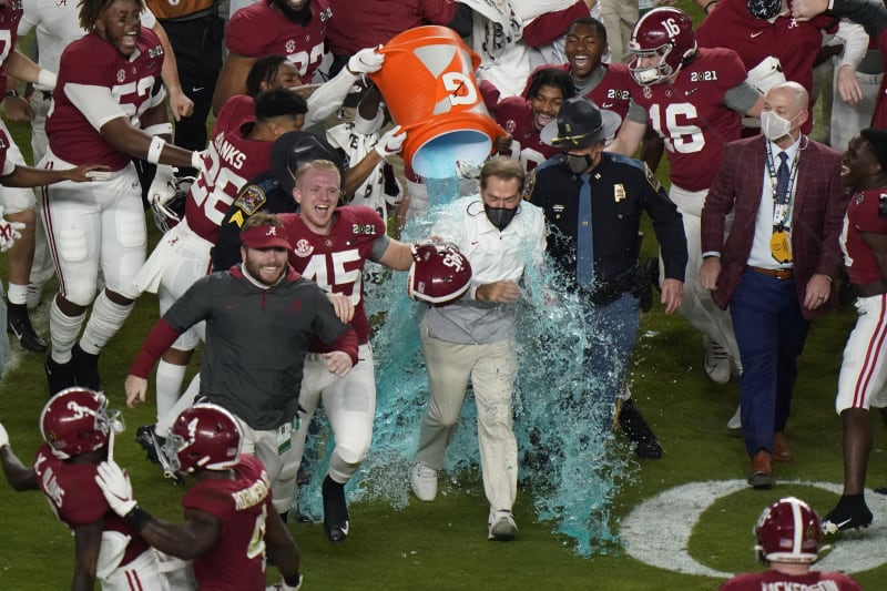 Alabama Wins 2021 CFP Championship: Celebration Highlights and Twitter  Reaction | Bleacher Report | Latest News, Videos and Highlights