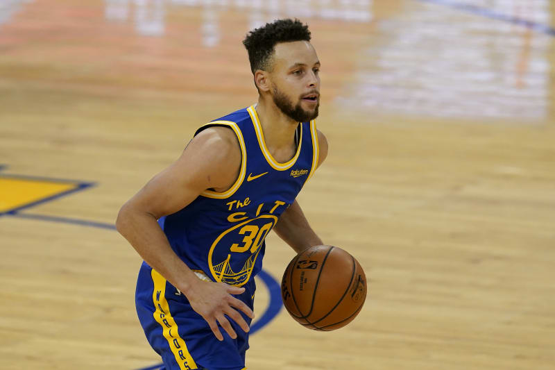 Steph Curry Passes Wilt Chamberlain To Become Warriors All Time Leading Scorer Bleacher Report Latest News Videos And Highlights
