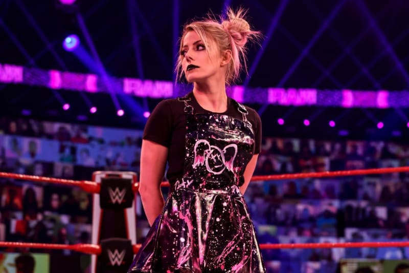 Rumor: Alexa Bliss To Have Her Own Mask In Current WWE Raw Angle? 2