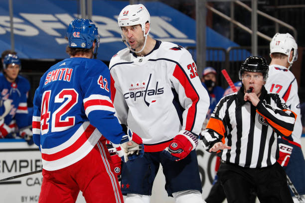 Rangers' Brendan Smith Talks Fight with Capitals' Tom Wilson: It Was on My Shoulders thumbnail