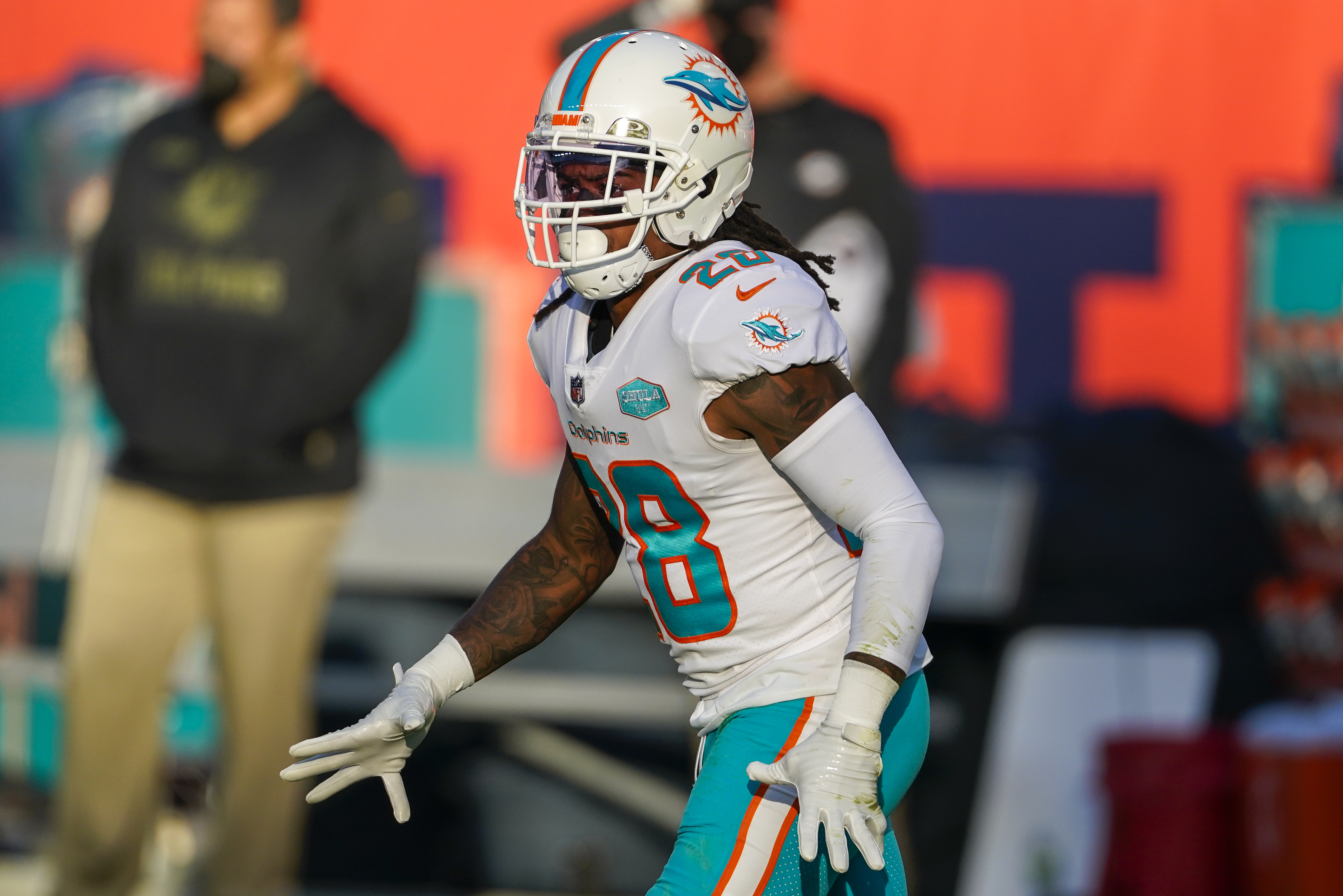 Report: Bobby McCain to Visit Washington Football Team After Dolphins Release thumbnail