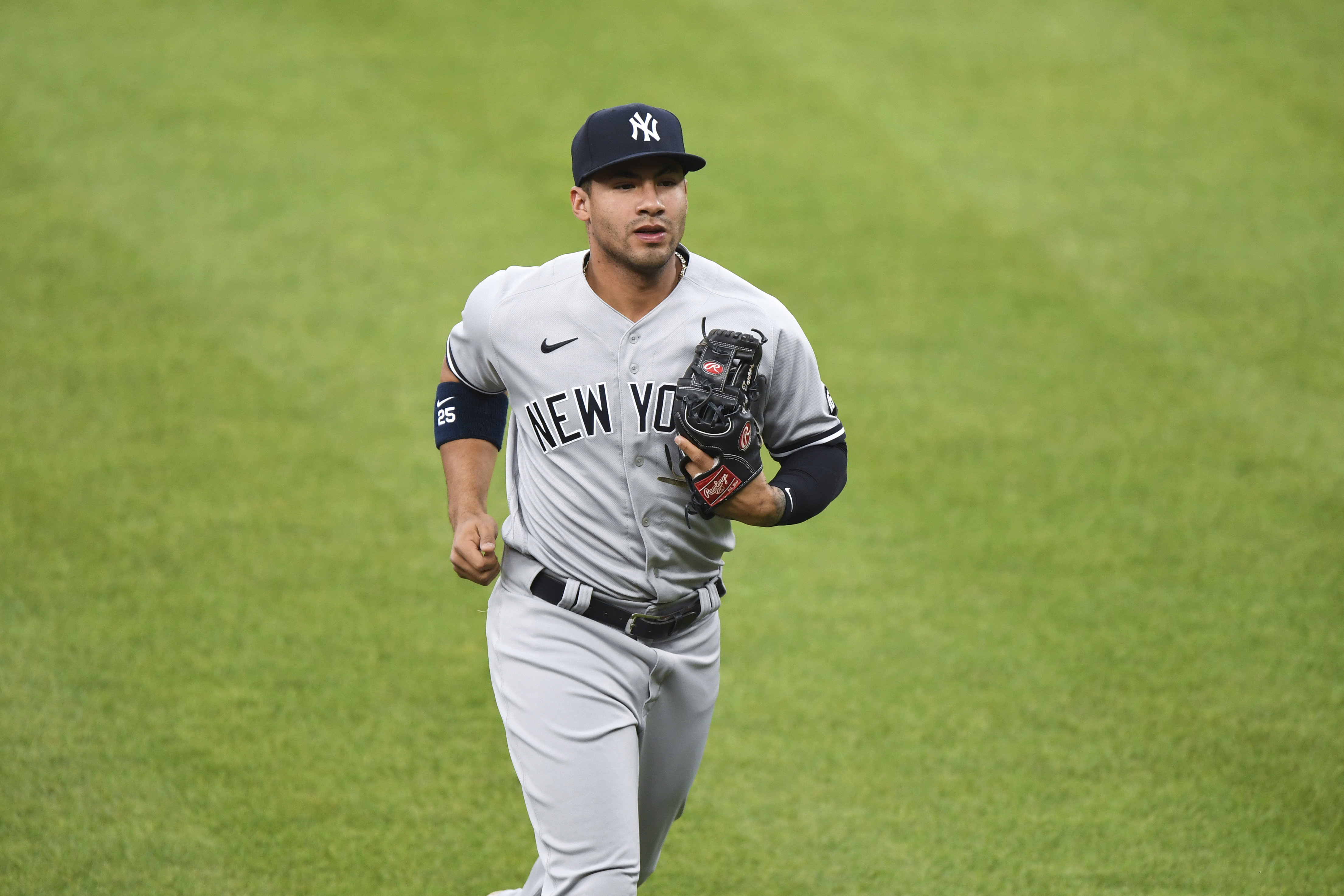 Gleyber Torres Becomes 8th Member of Yankees to Test Positive for COVID-19  | Bleacher Report | Latest News, Videos and Highlights