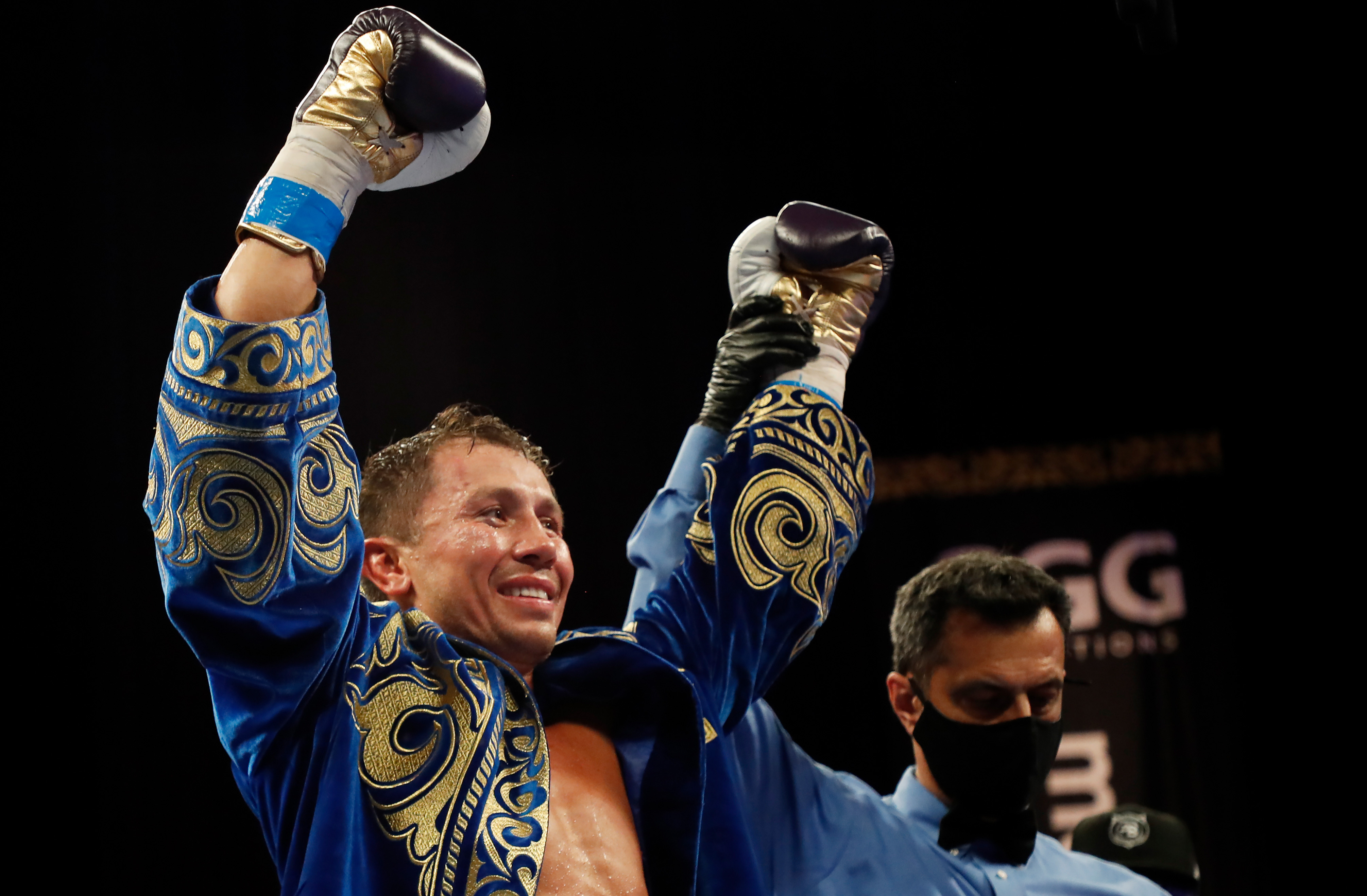 <p>Report: Gennadiy Golovkin, Ryota Murata Agree to Title Unification Bout in December thumbnail