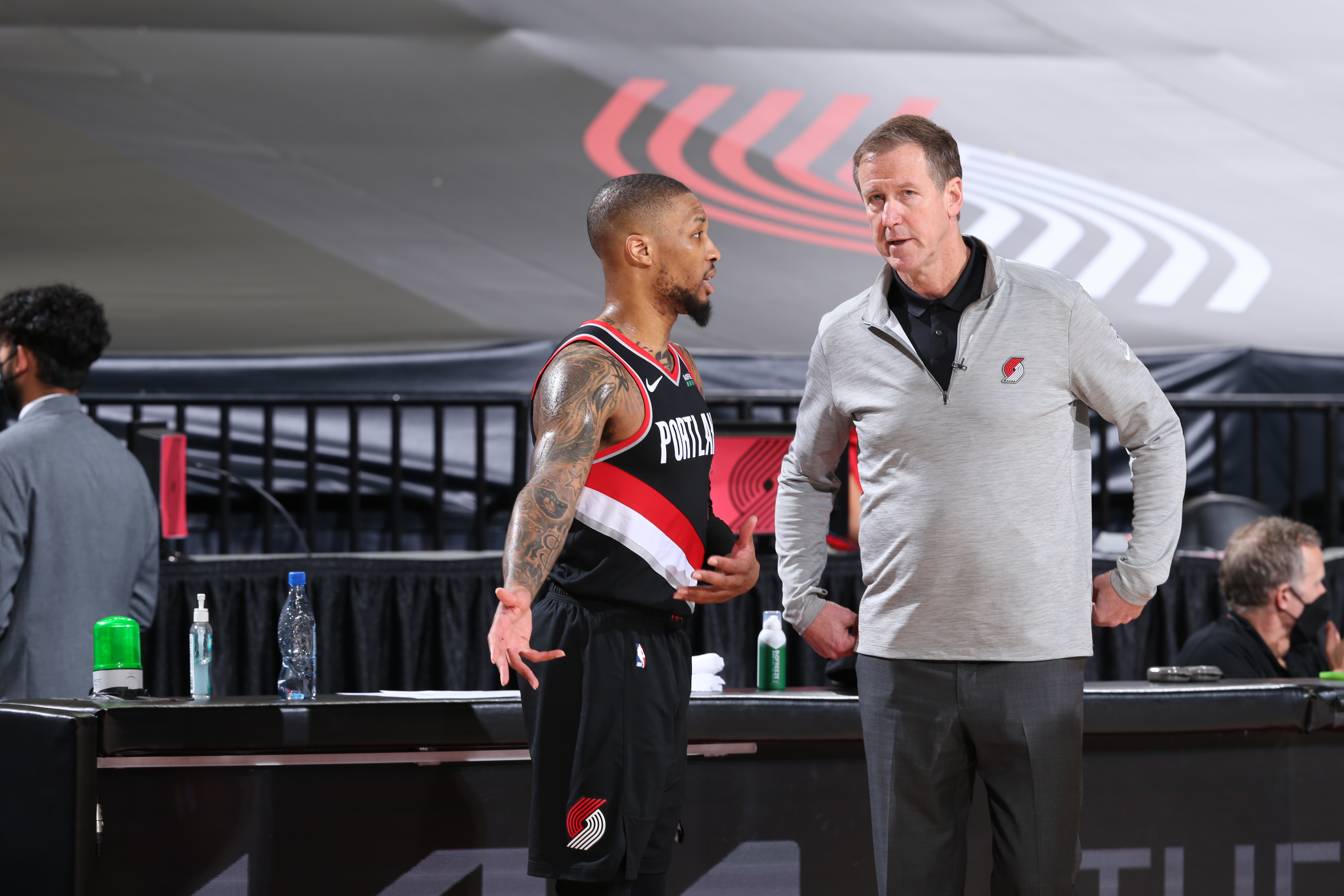<p>Report: Clippers Player Mocked Damian Lillard at a Game For Terry Stotts' Coaching thumbnail