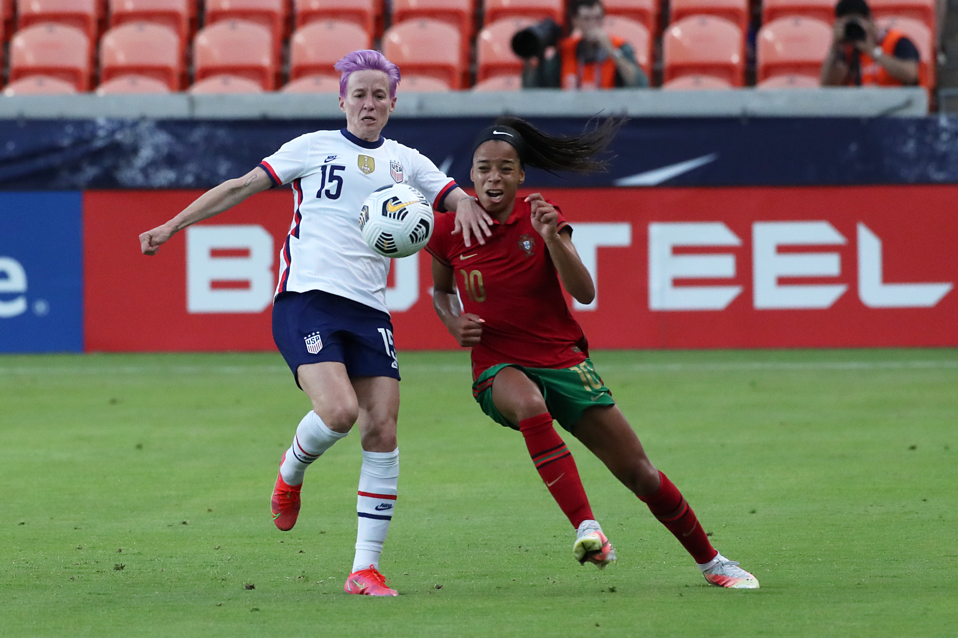 Sam Mewis' Late Goal Powers USWNT Past Portugal in International Friendly