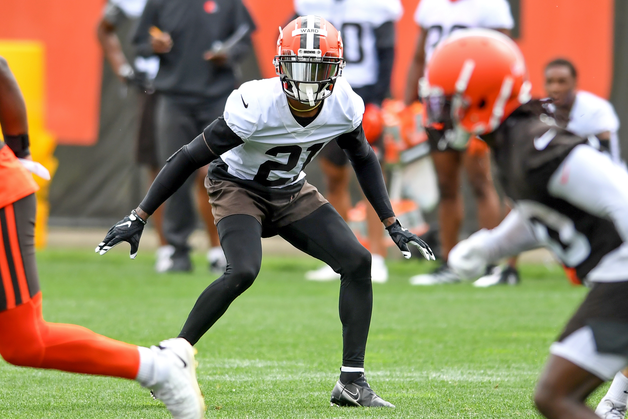<p>Denzel Ward Says He, Browns Have Discussed Contract Extension thumbnail