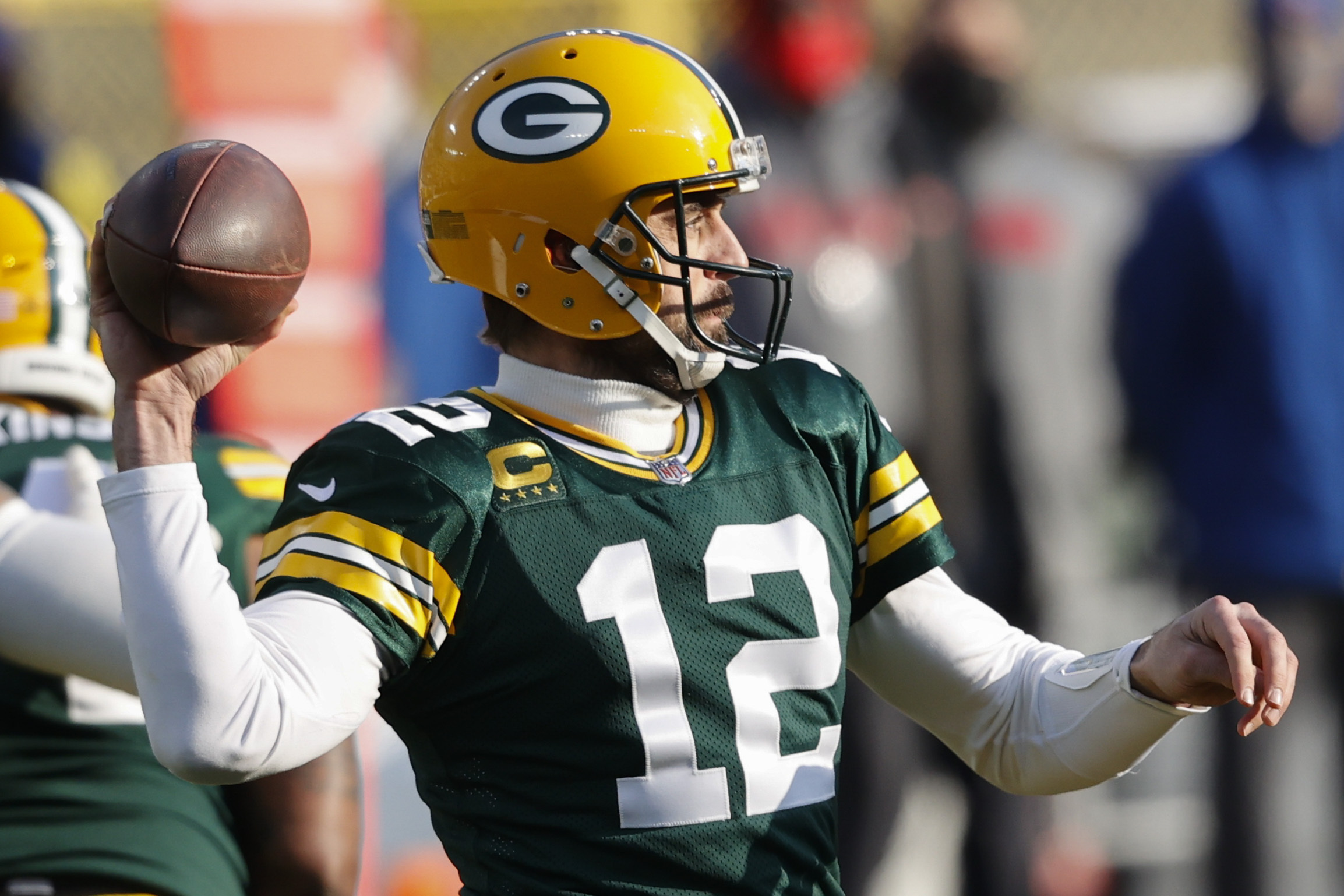 <p>Aaron Rodgers Jokes He's Had'1 of Those Quiet Offseasons You Just Dream About' thumbnail