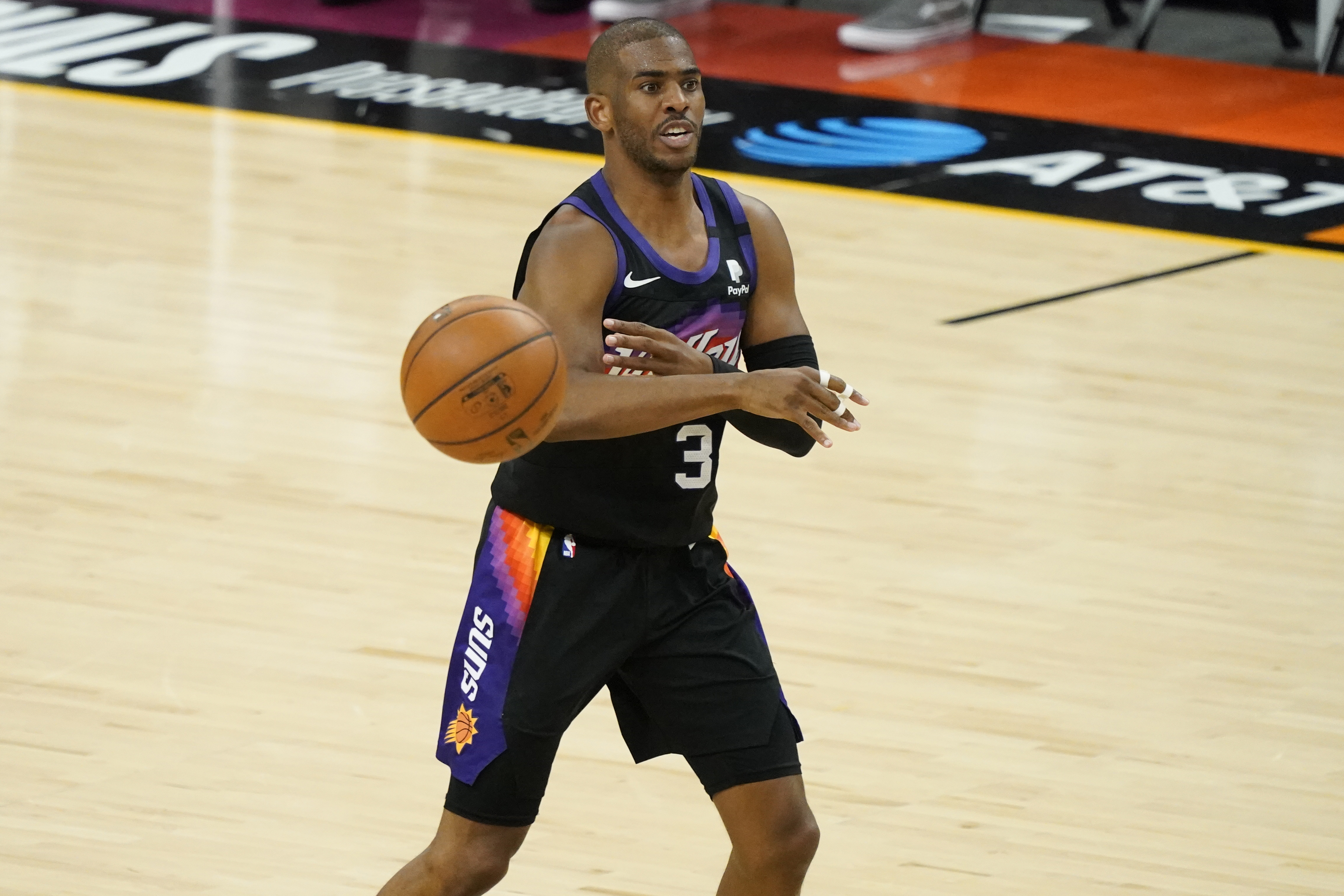 Suns' Chris Paul on Condensed Schedule: 'Everything Has Always Been a Conversation'