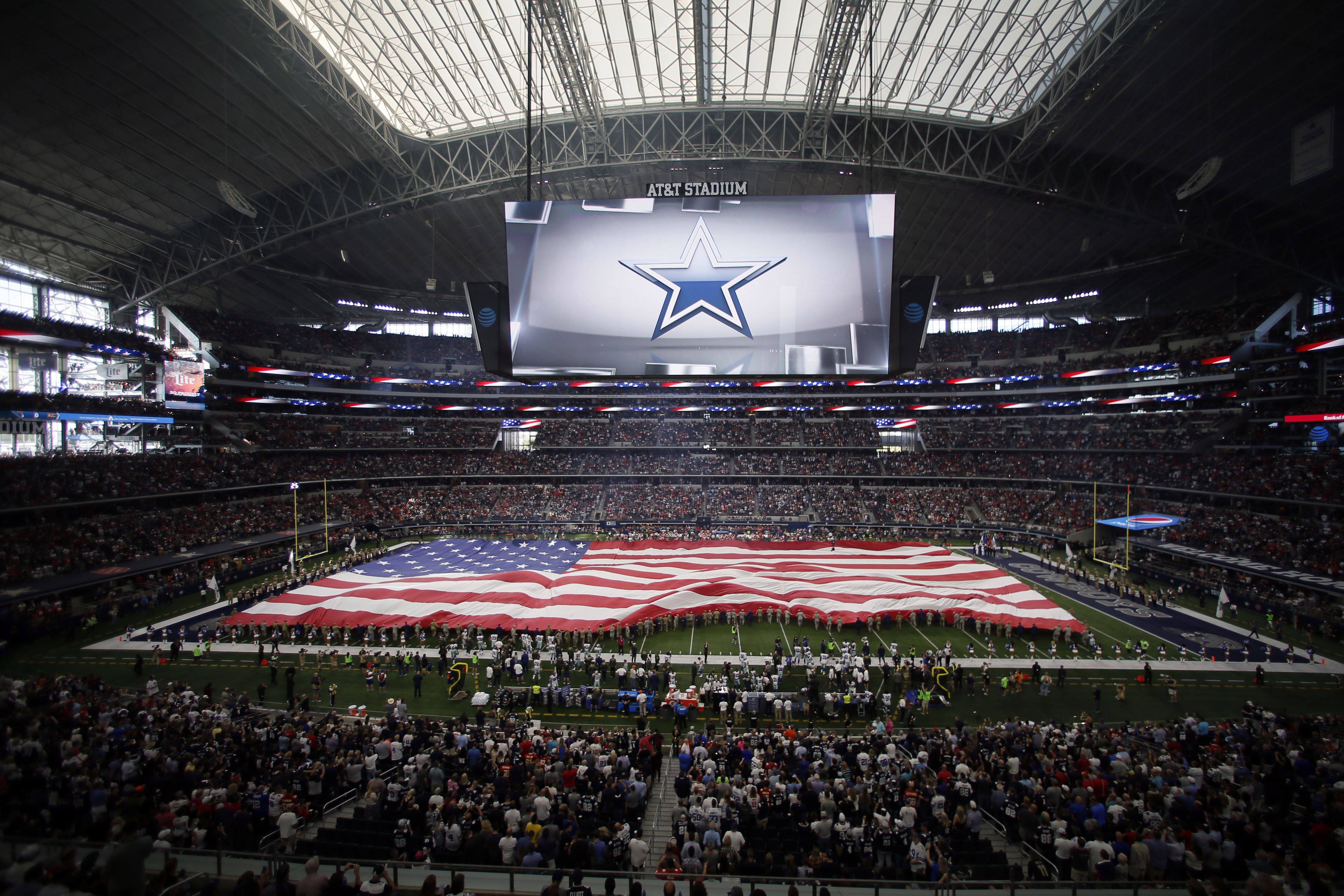For the 15th straight year, the Dallas Cowboys are the most valuable franchise in the NFL. Per <a...