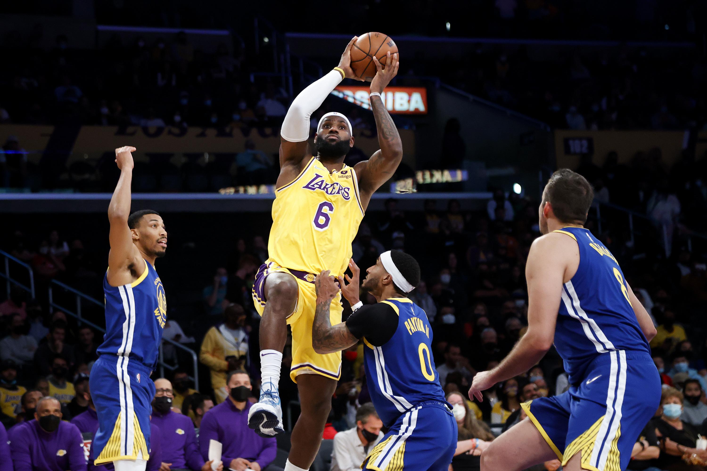 Jordan Poole, Warriors Knock Off LeBron James, Anthony Davis-Led Lakers in Preseason | Bleacher Report | Latest News, Videos and Highlights