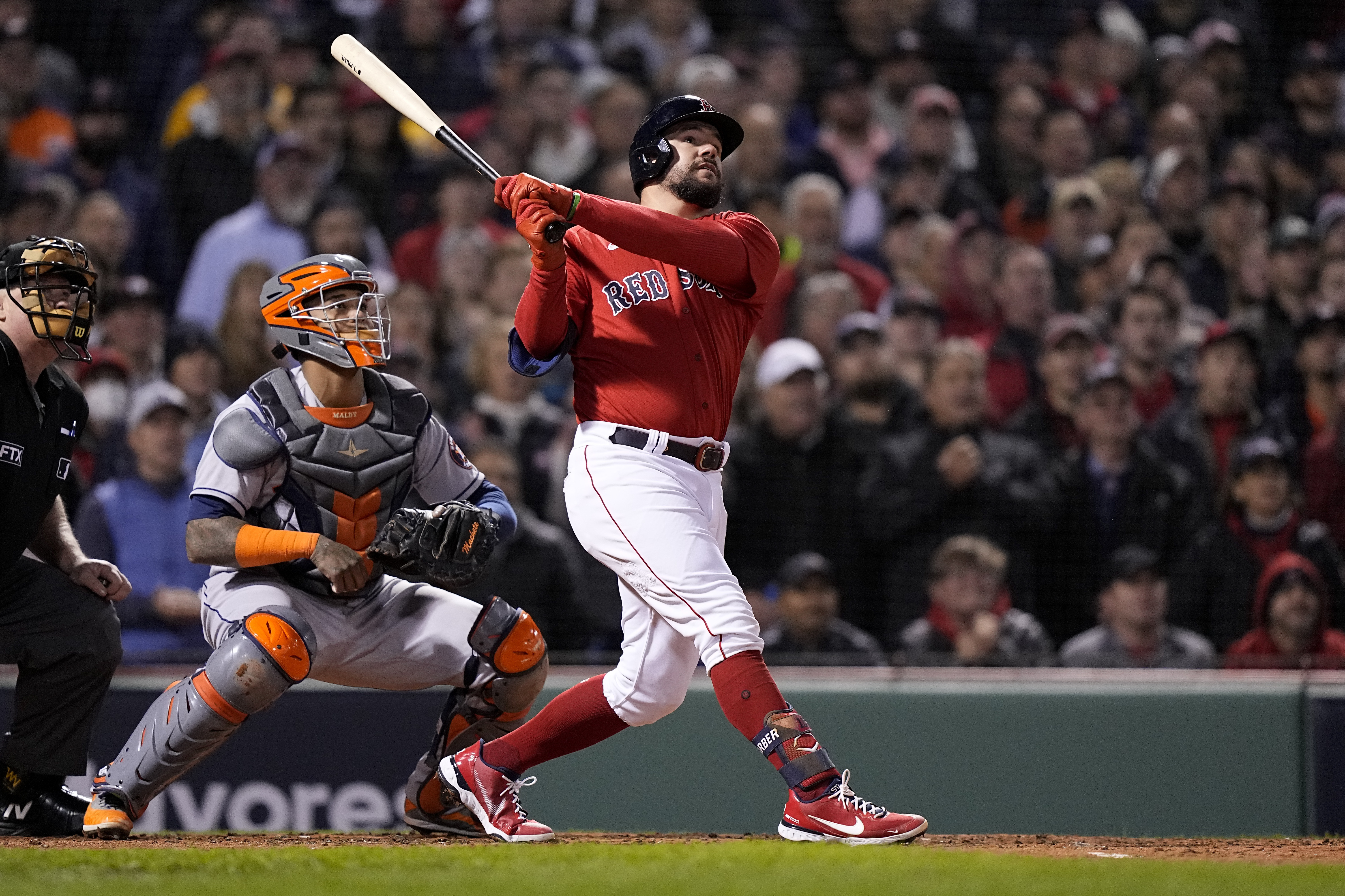 Red Sox Rout Astros in ALCS Game 3 Behind Kyle Schwarber Grand Slam, J.D. Martinez HR thumbnail