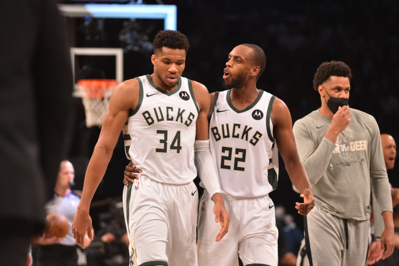 Giannis Praises Khris Middleton After Bucks' Game 3 Win: 'He's Special for  a Reason'   Bleacher Report   Latest News, Videos and Highlights