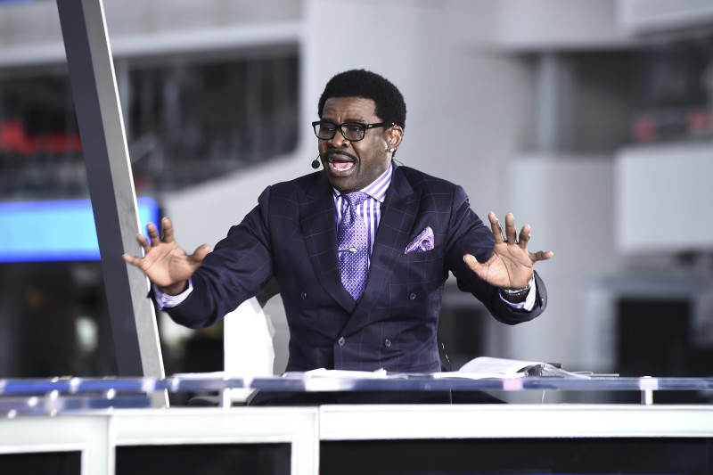 Michael Irvin Says Priceless Family-Inspired Diamond Necklace Was Stolen at Miami Hotel