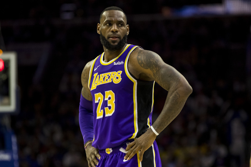 LeBron James Says He Wears No. 23 for 'The Great Michael Jordan ...