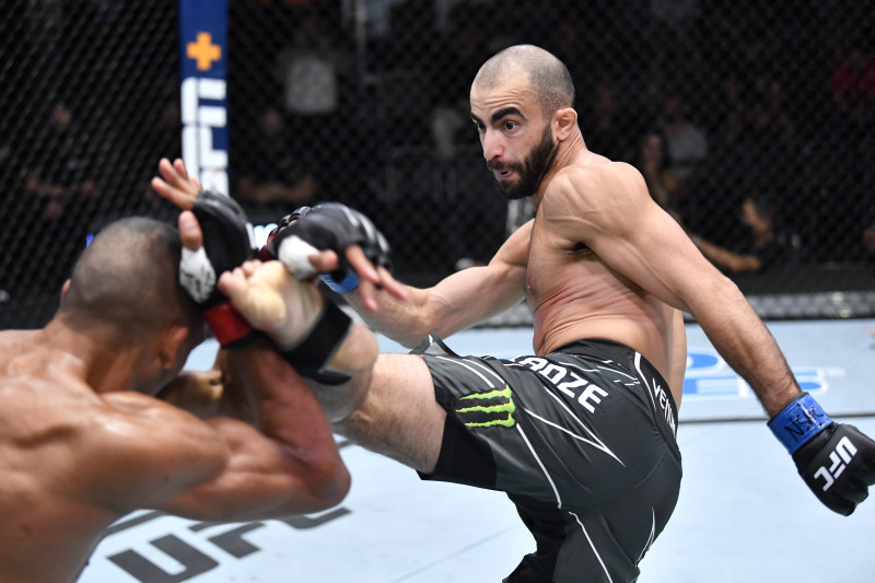 UFC on ESPN 30 Results: Giga Chikadze Beats Edson Barbosa on 3rd-Round TKO | Bleacher Report | Latest News, Videos and Highlights